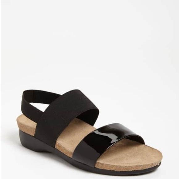 2053051a9b3a Nordstrom • Munro Pisces black two-strap sandal. M 5b5332ab1070eef02f17e008